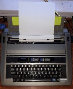 Image of electronic typewriter